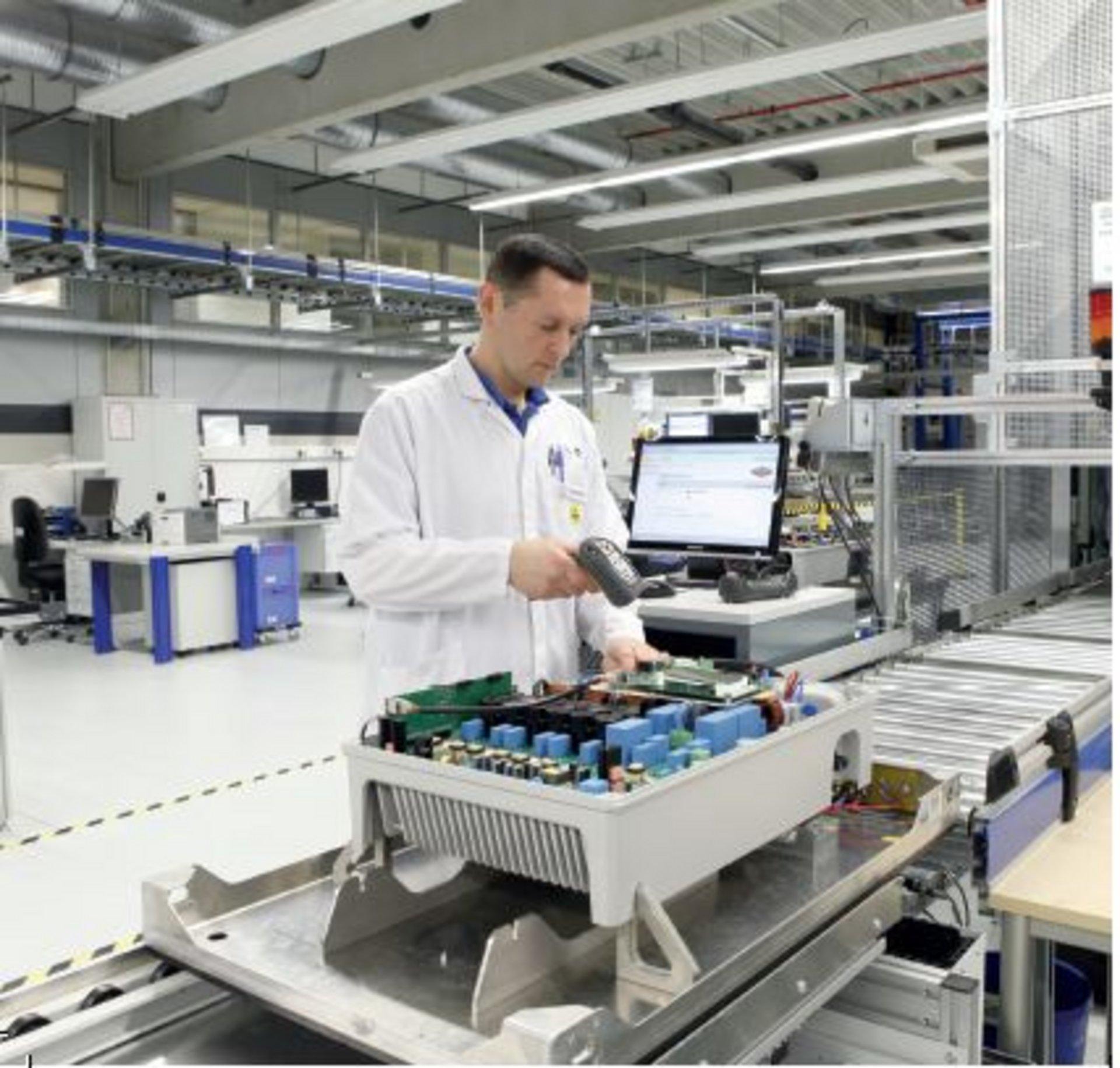 Komponentenhersteller KACO new energy GmbH