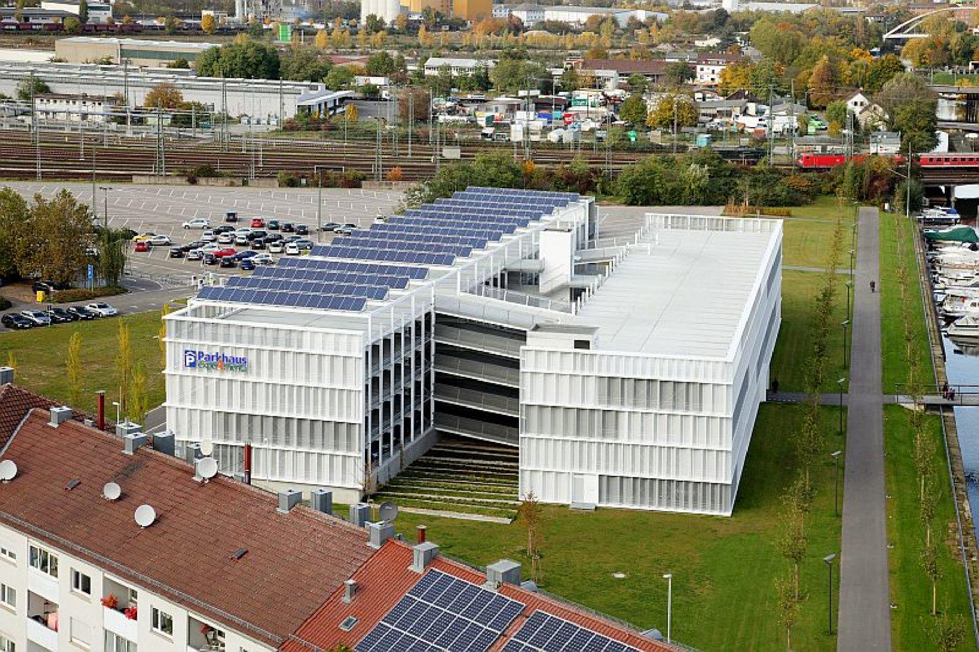 Bauwerksintegrierte Photovoltaik (BIPV)